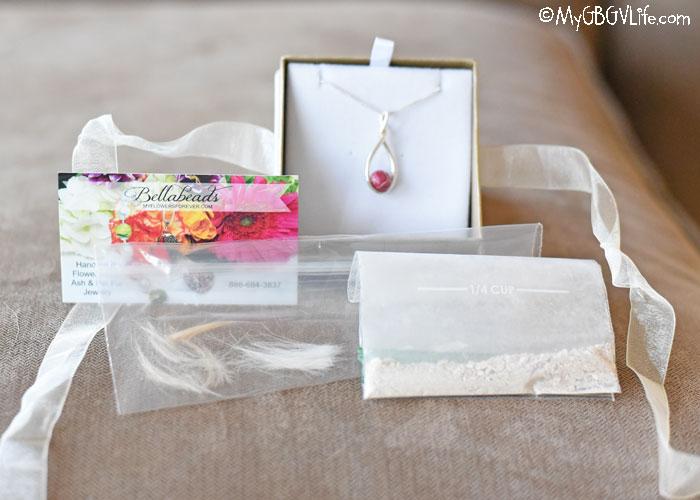 My GBGV Life Handmade Pet Memorial Jewelry Keeps Your Precious One Close