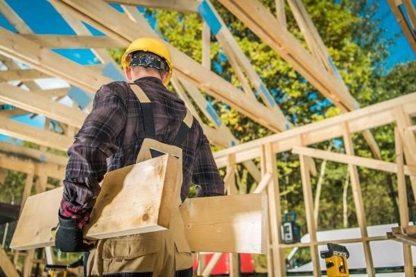 construction-carpenter-worker-compress.jpg