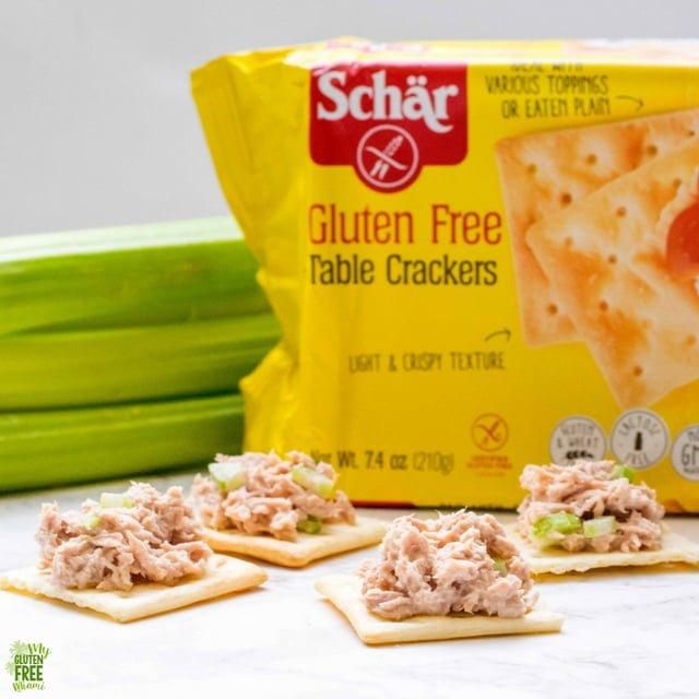 Schar Table Crackers with Tuna Salad