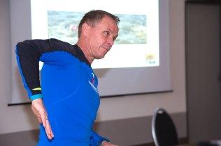 Hoher Ellenbogen – Trainer Reiner im Seminar