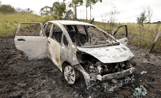 Robbers Bundle a Family in Car and Set It on Fire