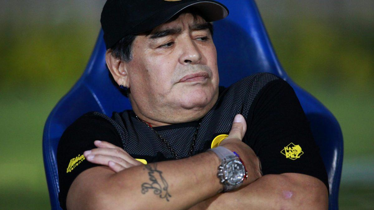 BREAKING: Football Legend Maradona Dies