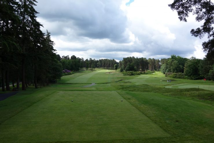 Hole 1, Par 4, 332m at Swinley Forest Golf Club