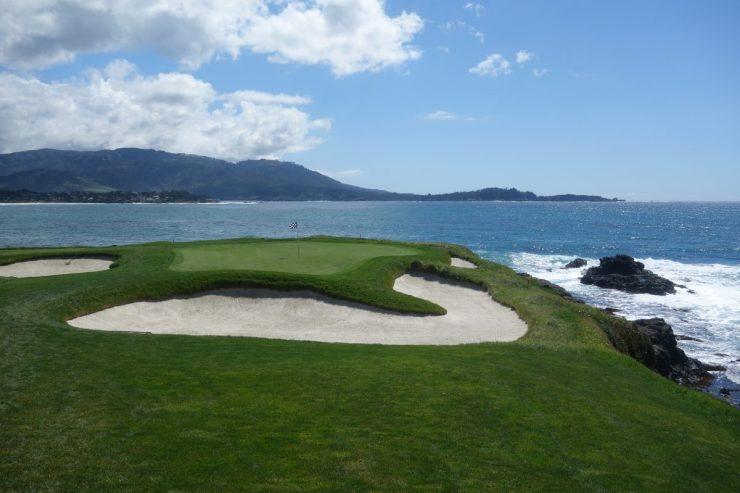 Par 3, 7th at Pebble Beach golf links