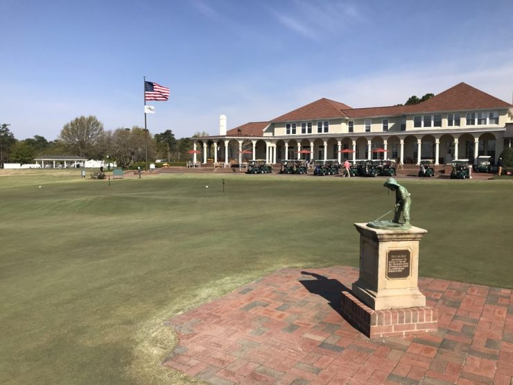 clubhouse at pinehurst resort
