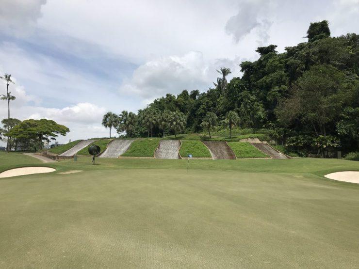 green on hole 1 Sentosa Serapong
