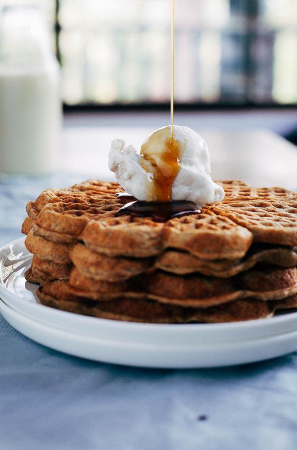 spiced-apple-pie-waffles-new-2