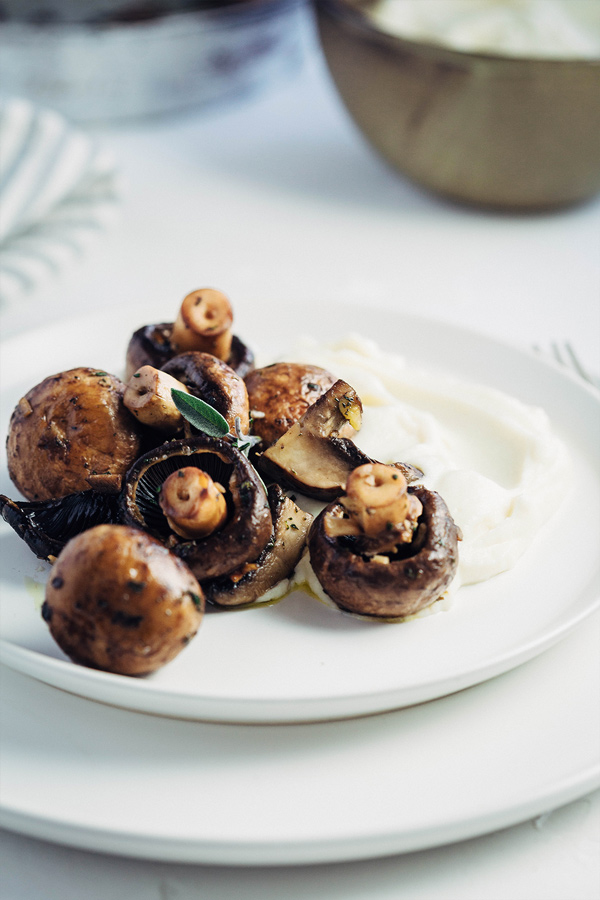 sauteed mushrooms with cauliflower puree 2