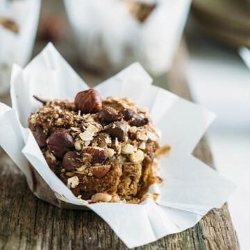 hazelnut pear & chocolate muffins 1