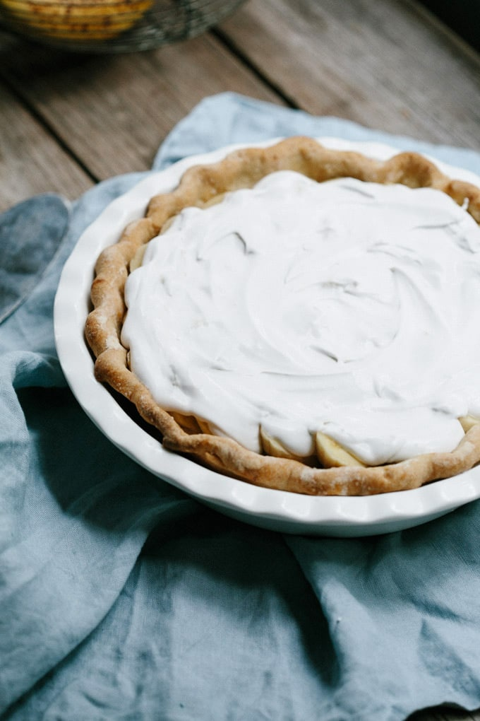 vegan banana coconut cream pie 6