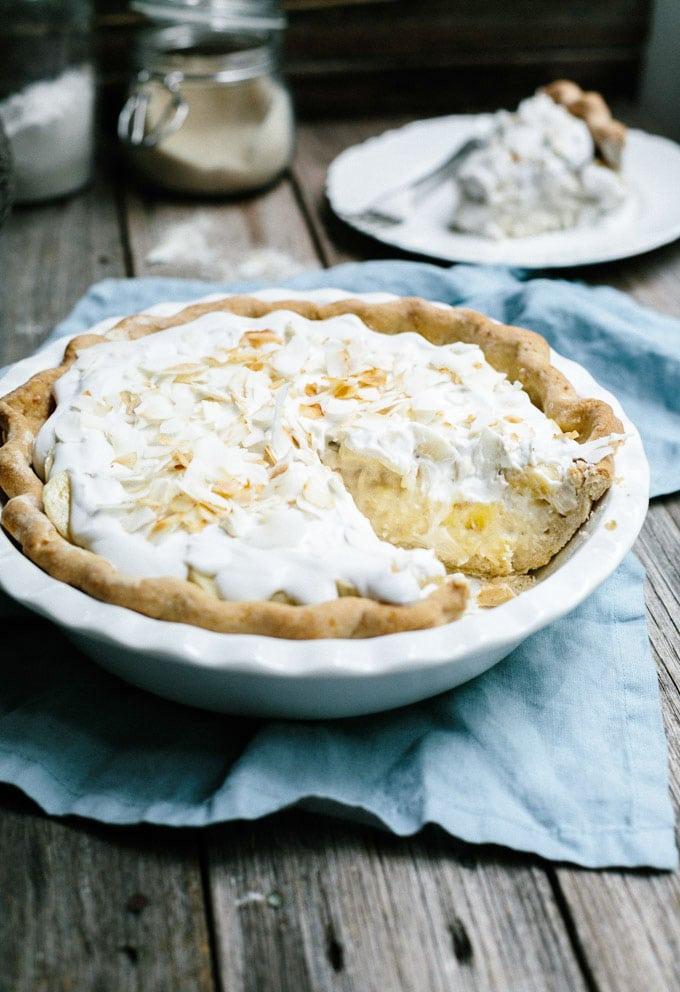vegan banana coconut cream pie 1
