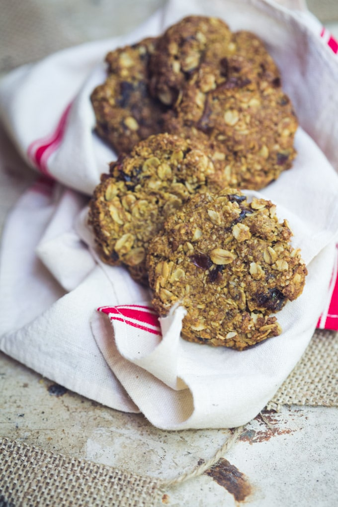 These vegan oatmeal date and pecan cookies are deliciously balanced with sweet pieces of soft caramel dates, nutty ground pecans and toasted oats finished with bittersweet dark chocolate.