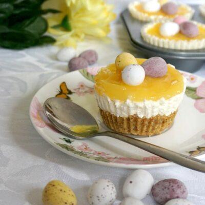 Mini Lemon Cheesecakes with Easter Eggs