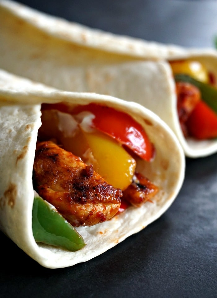 A healthy chicken fajitas wrap