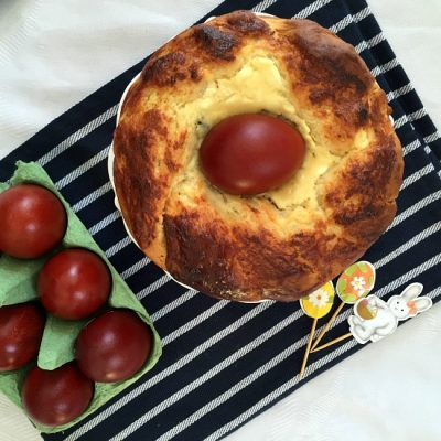 Romanian Easter Bread | Pasca