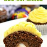 Cadbury Creme Egg Cupcakes with a delicious chocolate sponge and two superlicious icing choices: chocolate and lemon. This is seriously the most delicious Easter treat ever! Super easy to make, and so delicious!