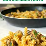 One-Pan Butternut Squash Sausage Pasta, a cheap and easy dinner recipe that can please the whole family. A delicious alternative to the good old pasta with tomato sauce.