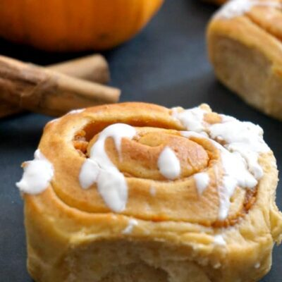 Easy Pumpkin Pie Cinnamon Rolls