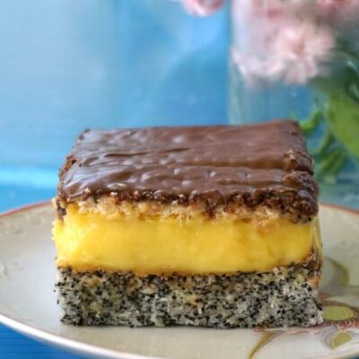 Poppy Seed Cake with Custard Filling and Nutella