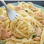 Salmon Pasta Carbonara, a quick and easy midweek recipe that is ready in 15 minutes. You only need a few simple ingredients to make a spectacular dinner. Why not a dinner date for Valentine's Day?