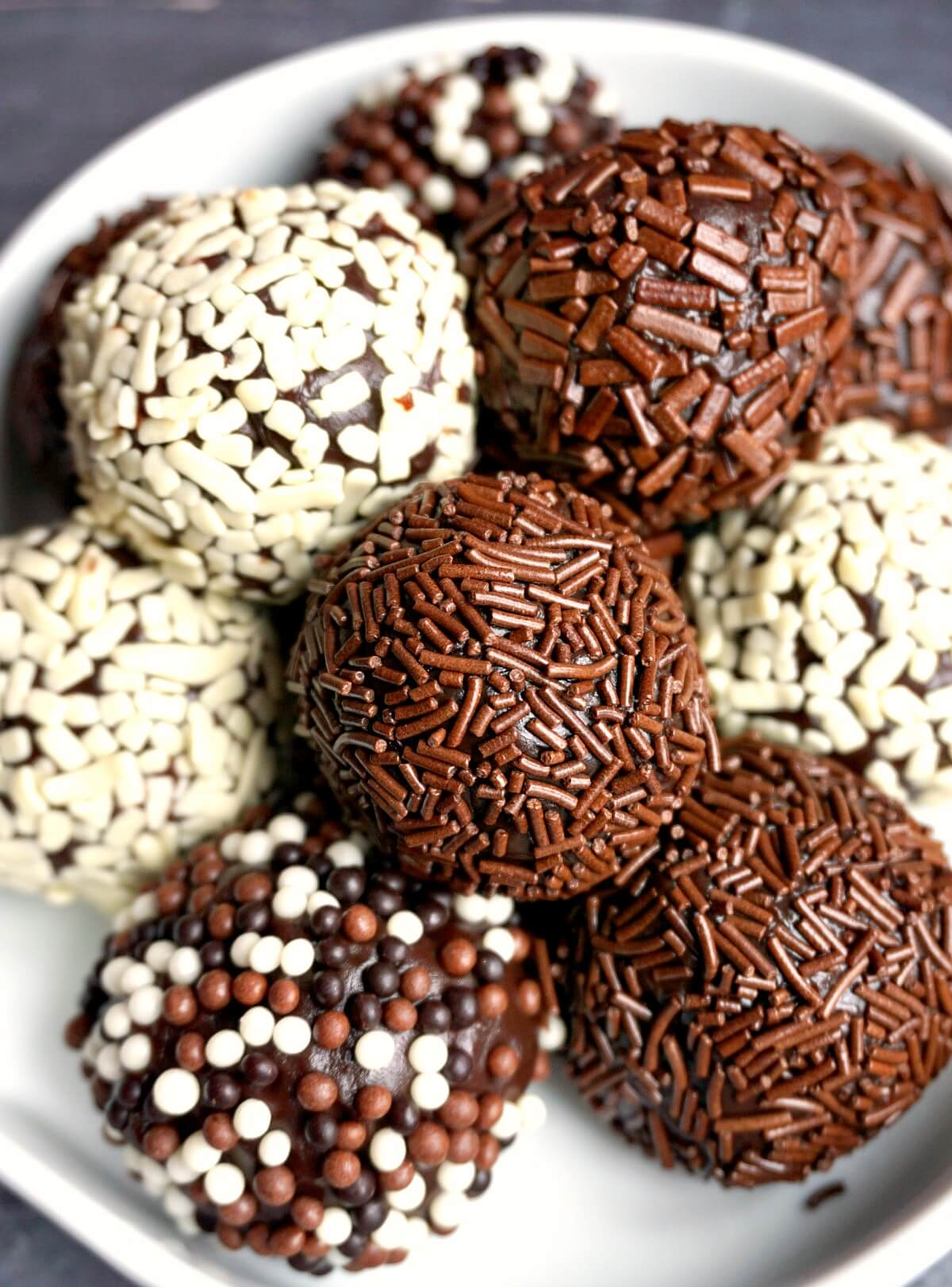 Close-up shoot of brigadeiros
