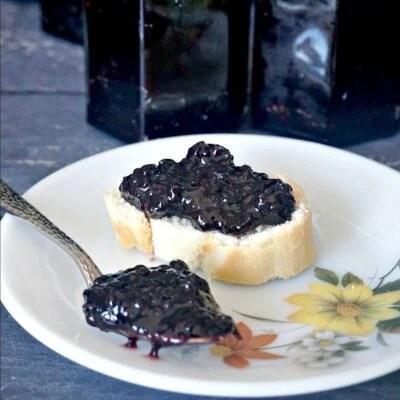Old-Fashioned Wild Blackberry Jam