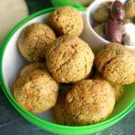 A bowl of falafel balls