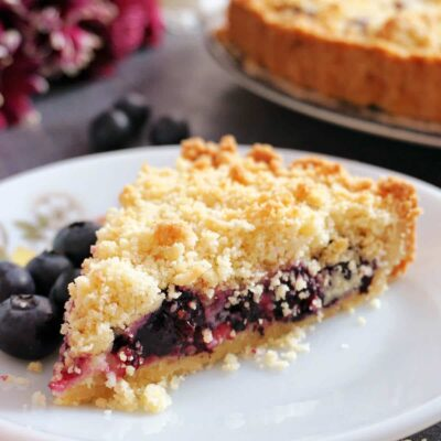 Lemon Blueberry Crumble Pie
