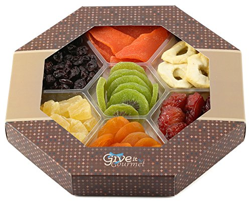 GIVE IT GOURMET, Assortment Dried Fruits Basket (7 Section) – Array of Organic Delicious Dried Fruit for Holidays Snack | Large Healthy Gift Basket