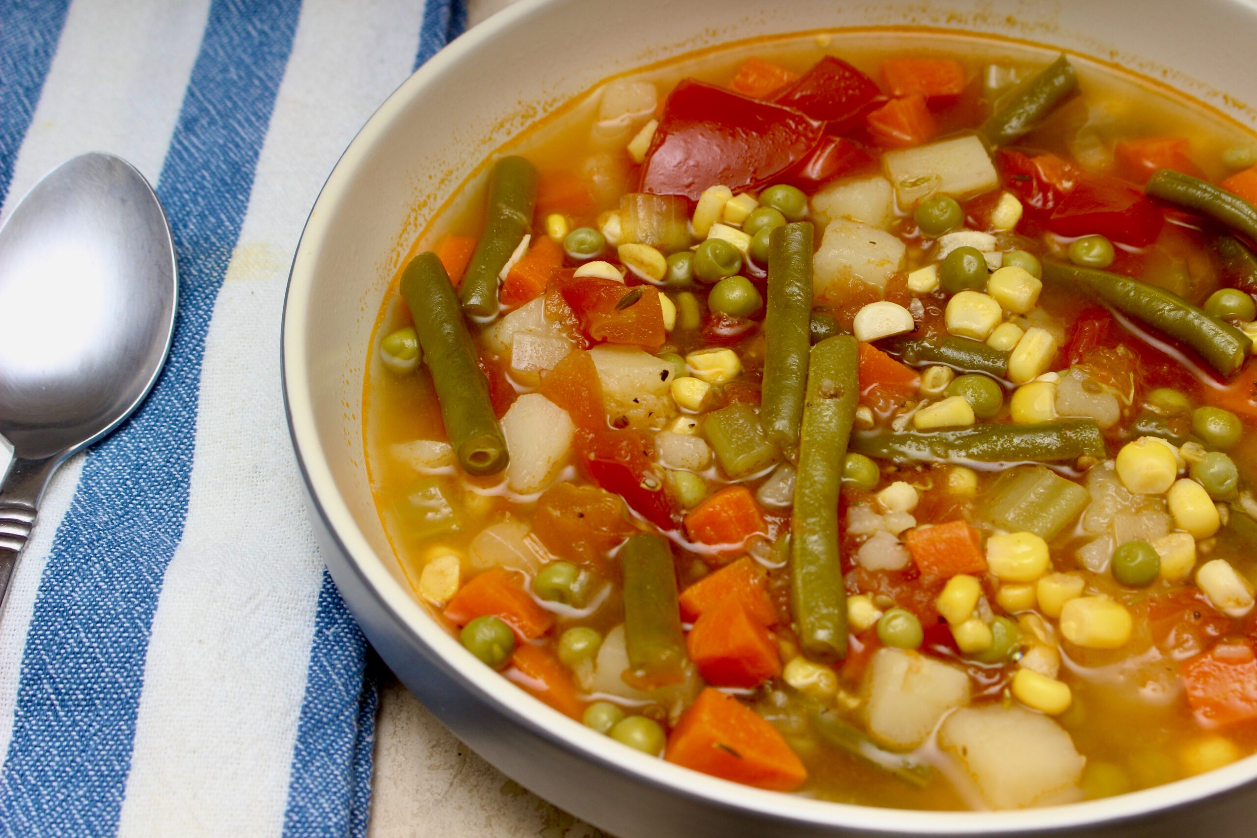 Healthy & Hearty Vegetable Soup
