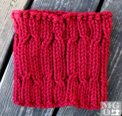 cabled cowl neckwarmer