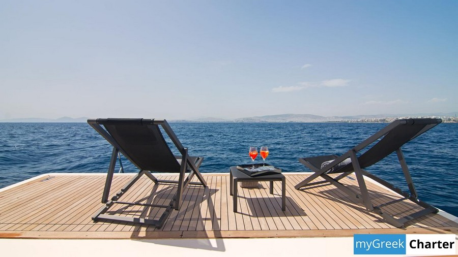 REGINA K yacht image # 6