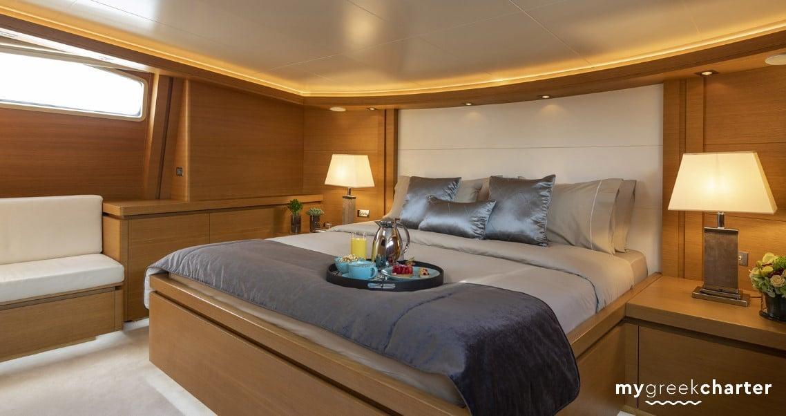 Celia yacht image # 4