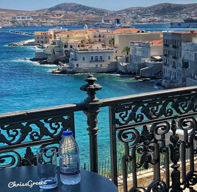 Syros, Photo by: chrissgreece (Source: Instagram)