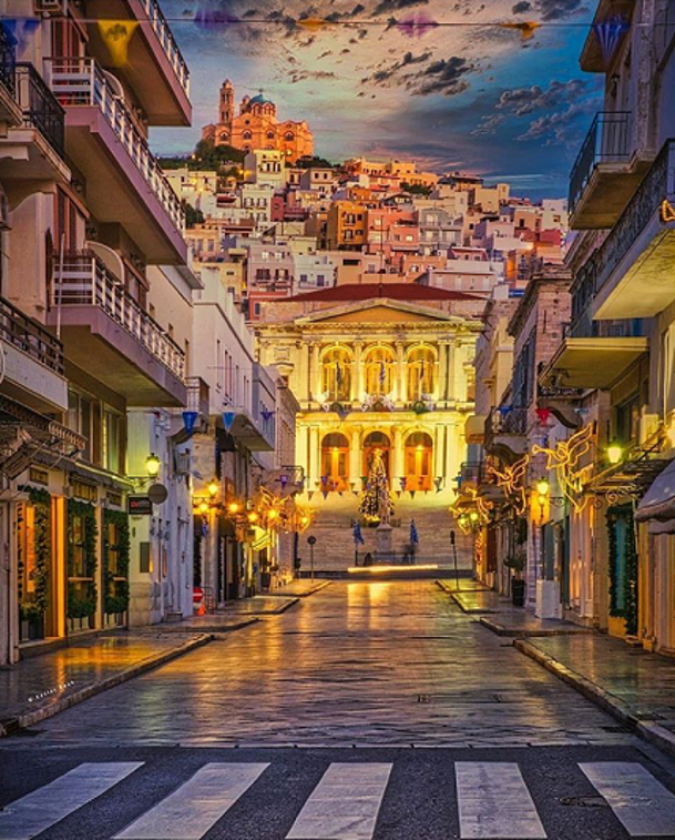 Ermoupolis, Photo by: perfect_greece (Source: Instagram)