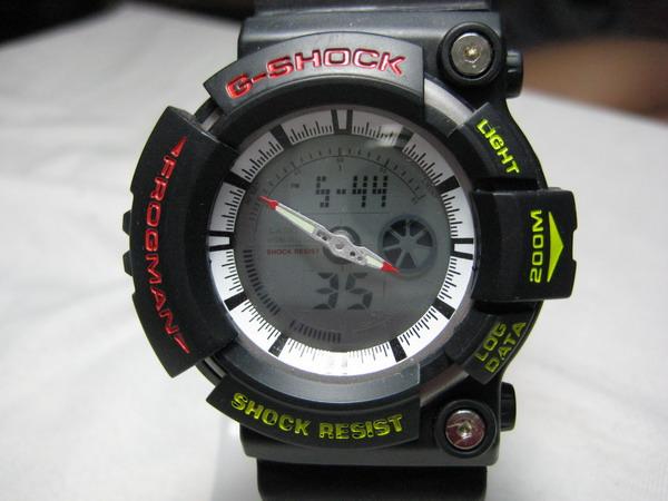 Часы G-SHOCK CASIO самые прочные часы в мире С 1983 г