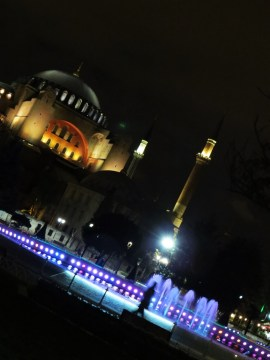hagia-sofia-by-night