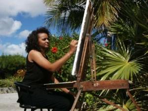 Nicole Minnis paints