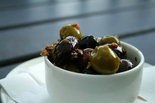 olives, healthy fats