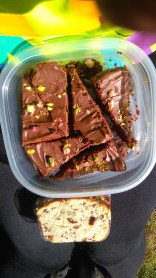 My fave hiking snacks *banting brownies and sarmies*