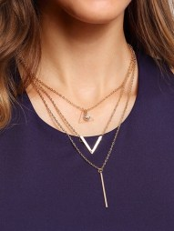 http://www.shein.com/Crystal-And-Metal-Bar-Pendant-Row-Link-Necklace-p-265196-cat-1755.html?aff_id=6249