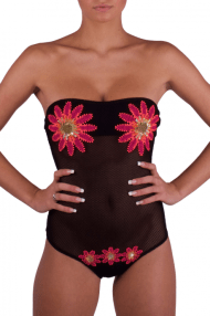 http://www.pinup-stars.com/it/bikini-pin-up/costumi-da-bagno/costume-intero-in-rete-e-ricamo-margherita.html#/taglia-42/taglia-42/colore-034_rete_nero