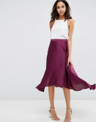 http://www.asos.com/it/ASOS-Gonna-midi-in-raso-con-spacchi/g74vr/?iid=6888146&pubref=%7Baffiliate_id%7D&utm_source=Affiliate&utm_medium=LinkShare&utm_content=UKNetwork.1&utm_campaign=Hy3bqNL2jtQ&link=10&promo=236989&source=linkshare&MID=35718&affid=2134&channelref=Affiliate&pubref=Hy3bqNL2jtQ&siteID=Hy3bqNL2jtQ-.7y1iQG80rkWaOnpQYGt8A&xr=1&mk=VOID&r=3&mporgp=L0FTT1MvQVNPUy1NaWRpLVNraXJ0LWluLVNhdGluLXdpdGgtU3BsaWNlcy9Qcm9kLw..
