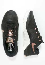 https://www.zalando.it/nike-performance-metcon-2-scarpe-da-fitness-n1241a0e7-q13.html
