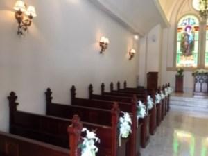 教会の参列席