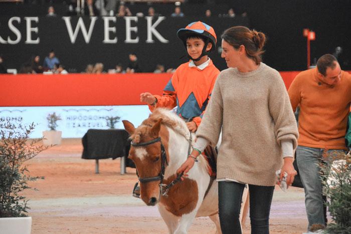 Oscar Hernando, ganador del Pony Turf con Caruso
