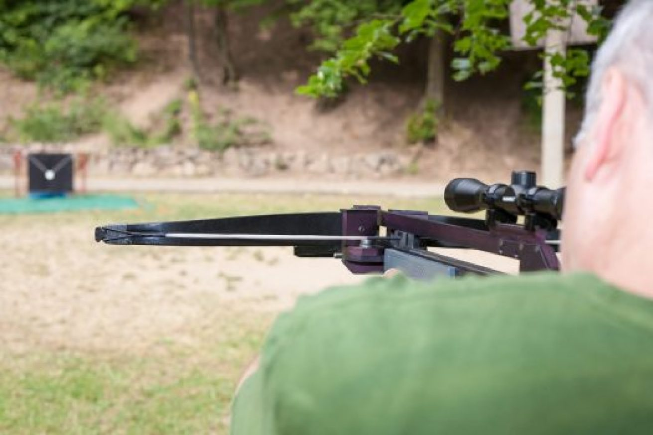 Best Crossbow Scope Reviews - MyHuntinGear com