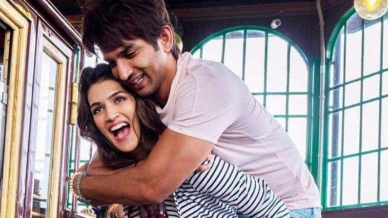 Kriti Sanon became emotional in memory of Sushant Singh, shared the video and wrote – Did you know that this is our first and last…