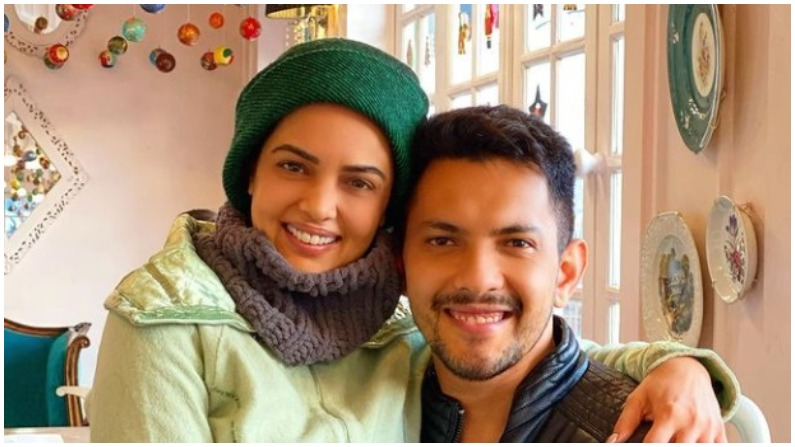 Aditya Narayan's reaction came on the news of wife's pregnancy, said- took us to the maternity ward