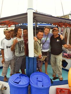 The Naring crew, dive instructor Juvens and me